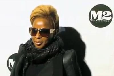 mary_j_blige(2009-screenshot-from-cd-release-party-med-wide)