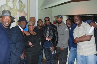 Comics were everywhere at the Robin Harris tribute, some known and some unknown. Center, Chris Tucker and the only lady in this bunch ... Luenell.  (Photo Credit: Donald Carraway)