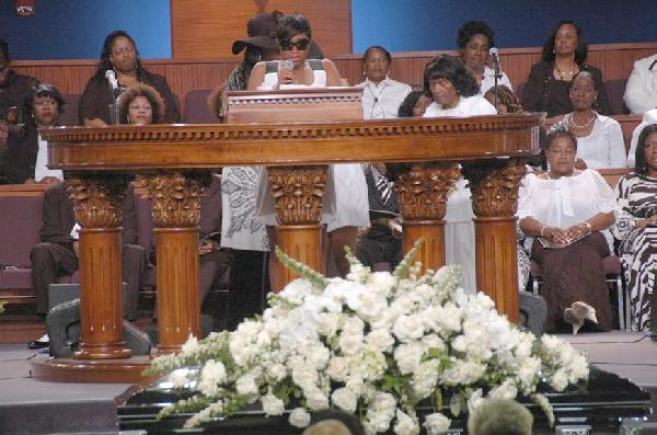 Photos: Home Going Celebration for Ollie Woodson | EURweb