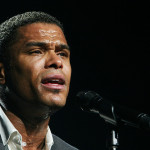 Maxwell Cancels Second Half of Tour