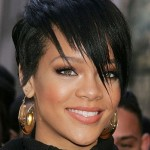 Tabloid: Rihanna Called Chris Brown after BET Meltdown