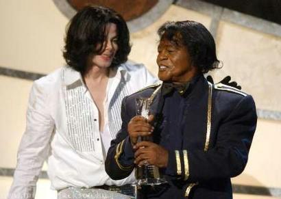 La vedova di James Brown nega che fu il marito a consigliare Murray a MJ Michael-jackson-james-brown