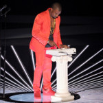 In Dramatic Fashion Kanye West Closes VMAs