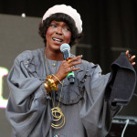 Video: Lauryn Hill's Wet Nails Delayed DC Gig?