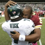 Video: McNabb Cheered in Philly, Vick Suffers Injury
