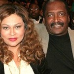 Beyonce's Parents Fail to Appear for Divorce Hearing