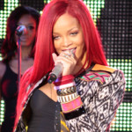 Rihanna Shuts Down Times Square with Performance