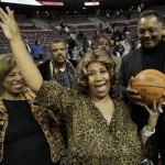 Photos: Aretha Shows Up at Pistons/Heat Game
