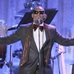 Clive's Pre-Grammy Party: R. Kelly = Great; Whitney = Fail