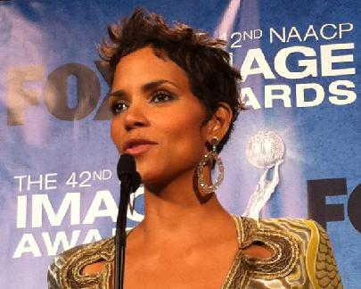 halle berry 2011. halle_berry(2011-image-awards-