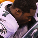 Michael Vick Signs Franchise Tender; Extends Contract