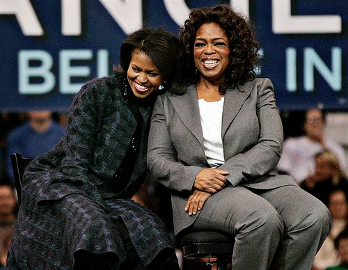 Photo of Michelle Obama & her friend tv-personality  Oprah Winfrey - Longtime