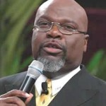 T.D. Jakes Previews New BET Talk Show 'Mind, Body and Soul'