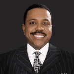 Creflo Dollar Called Out for Defending Eddie Long
