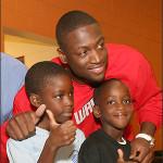 Dwyane Wade Honored with Fatherhood Award