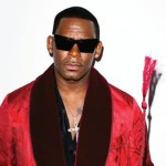 Watch: R. Kelly Thanks Fans for Prayers After Surgery with Video
