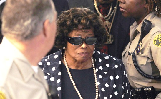 Katherine Jackson enters the Los Angeles Courthouse for the opening statements for the trial of Dr. Conrad Murray on Sept. 27, 2011 in Los Angeles