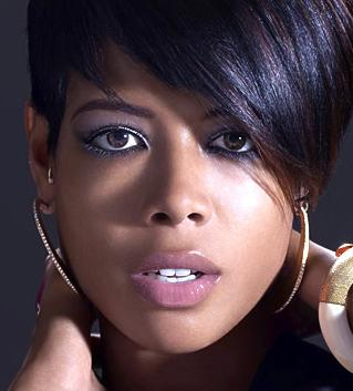 kelis(2011-blue-hair-nice-big-upper)