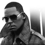 R. Kelly: Throat Surgery, Trey Songz' Diss & Chris Brown's Humbleness