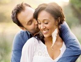 tamara_mowry&husband(2011-big-ver-upper)