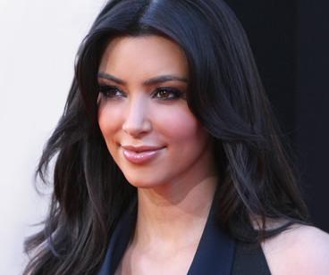 kim_kardashian(2011-smile-big-ver-upper)