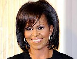 michelle_obama(2011-smile-pretty-med-ver-upper)