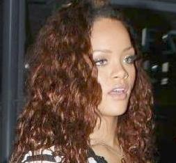 rihanna(2011-rustic-red-hair-big-upper)