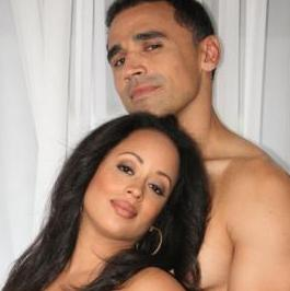 essence_atkins&husband(2011-pregnant-belly-big-ver-upper)