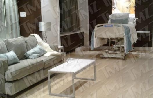 beyonce hospital room