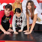 Pics: Jackson Fam, Tucker, Bieber, Q at MJ Handprint Ceremony