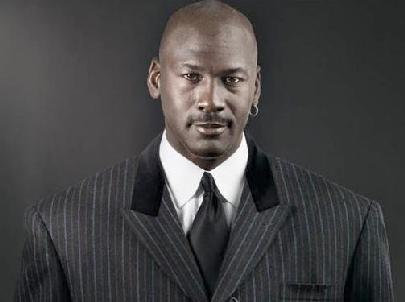 michael_jordan(2012-striped-suit-med-wide)