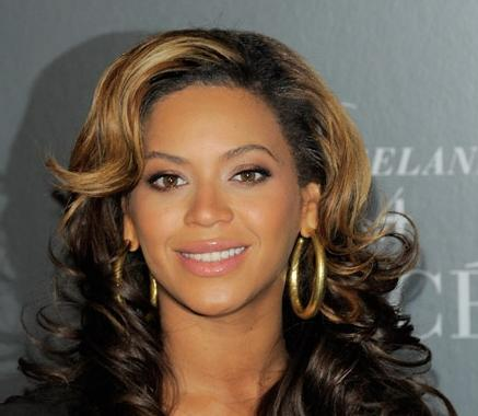beyonce(2012-great-headshot-big-ver-upper)