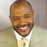 Marvin Winans to Deliver Whitney's Eulogy