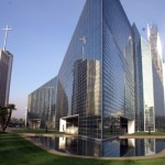 Crystal Cathedral Teaches Lessons