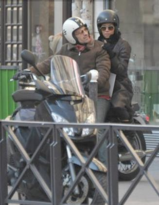 halle berry (motocycle - paris)