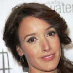 Jennifer Beals Lands Role in CBS Pilot 'Widow Detective'