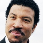 Lionel Richie: Whitney Houston 'Had to Save Herself'