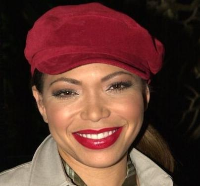tisha_campbell(2012-red-cap-big-ver-upper)