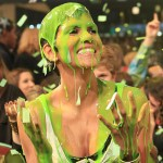 KCAs: FLOTUS Honors Swift; Halle Berry, Will Smith Slimed (Video)