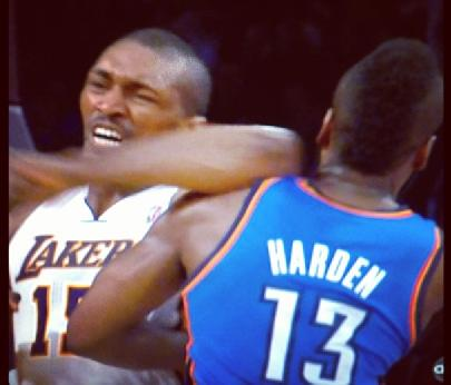 Metta World Peace's Elbow Throw Gets Him 7-Game Suspension