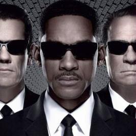 men_in_black3_poster(2012-med-ver-upper)