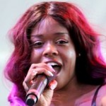 Azealia Banks Deletes Her Twitter; Prefers 'Vocalist' over 'Rapper'