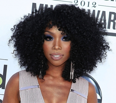 Brandy Norwood (curls)