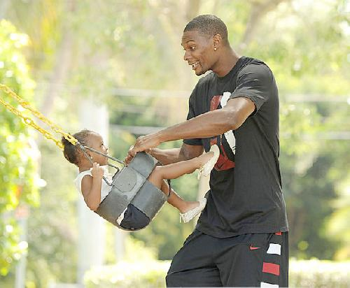 chris bosh & daughter trinity