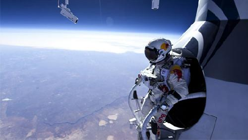dare devil jump from space