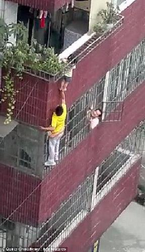 man rescues toddler