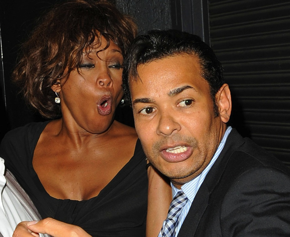 whitney houston & raffles van excel