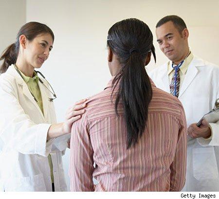 woman-doctors-office450