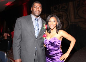 '40 Under 40' Dinner Co-Hosts, Roman Oben (Tampa Bay Buccaneers, 2003 Super Bowl XXXVII Champion) and Karen Nethersole, ESQ. (Full Circle NY, CEO)