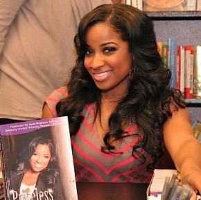 Book-Signing-Priceless-Inspirations-Toya-Wright-e1342185916899-290x289